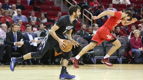 PHOTOS: Rockets 113, Wolves 102