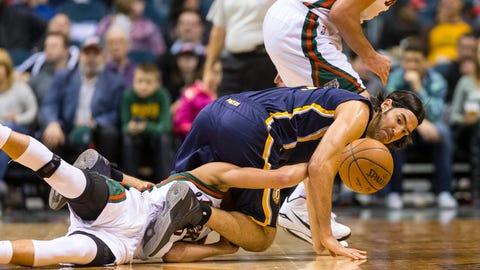 PHOTOS: Bucks 111, Pacers 107