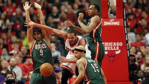 PHOTOS: Bulls 103, Bucks 91