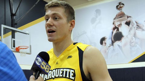 Track and field star Wally Ellenson on how his athleticism translates to basketball
