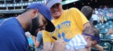 Top Tweets: Brewers' autographs come in all shapes and sizes