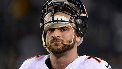 Will Pro Bowl O-lineman Kyle Long play guard or tackle?