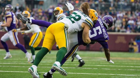 The mane event: A gallery of Clay Matthews' hair in action