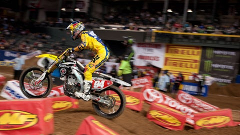 Hot pass: Supercross racing action from Phoenix