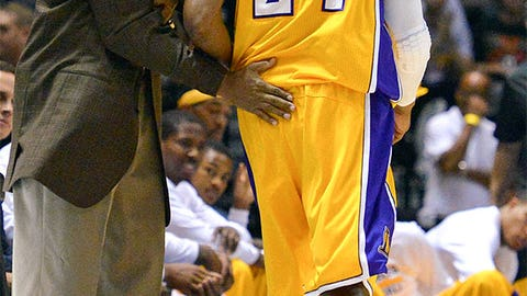 Byron Scott returns to an empty cupboard in LA