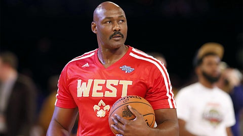 Karl Malone (12 appearances, 8 starts)