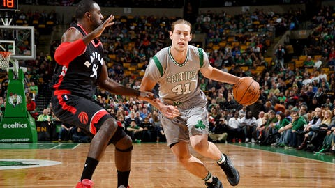 110415-nba-celtics-olynyk-drives-pi.vresize.480.270.high.0