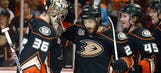 Ducks look to close out Freeway Faceoff in Game 6