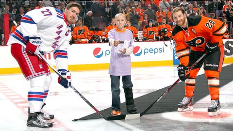 NHL celebrates Hockey Fights Cancer initiative