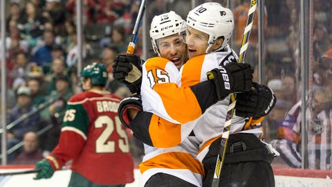 Del Zotto's offensive outburst fuels Flyers