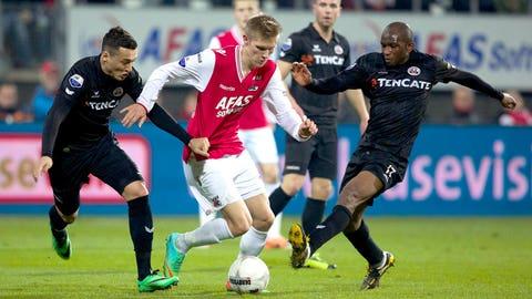 Aron Jóhannsson, AZ striker