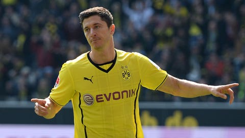 Robert Lewandowski joins Blackburn in 2010 instead of Dortmund