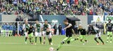 Clint Dempsey hat trick lifts Seattle to thrilling draw in Portland