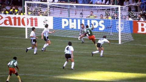 Cameroon 1 Argentina 0, Milan, 1990