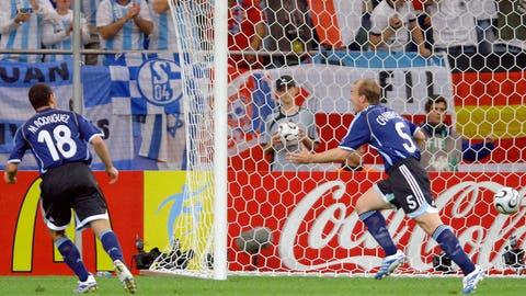 Esteban Cambiasso vs. Serbia and Montenegro 2006