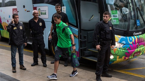 Mexico bus breaks down on the way to training