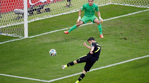 Spain signs off with victory over Australia