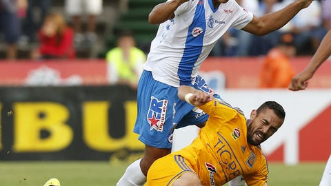 Jose Francisco Torres and Herculez Gomez, Tigres midfielder and forward