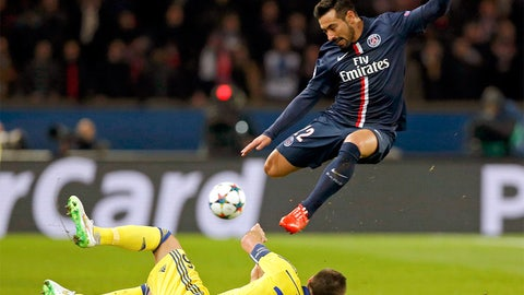 The flying Lavezzi