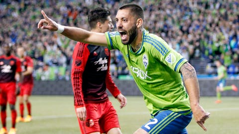 Dempsey pounces at the right time to decide static Cascadia derby