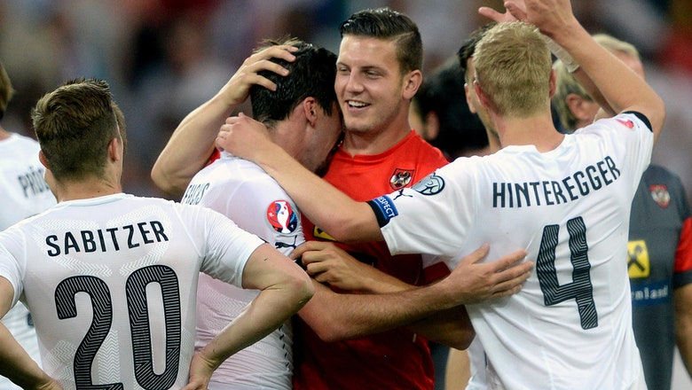 Euro qualifying: Austria edge Russia behind Marc Janko's overhead goal