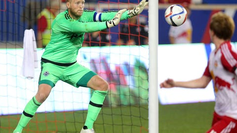 Whitecaps continue road success with wacky victory over Red Bulls