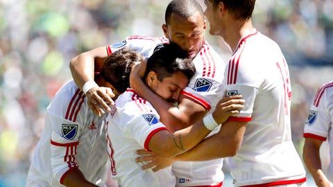Matias Perez Garcia announces himself as Earthquakes defeat Sounders