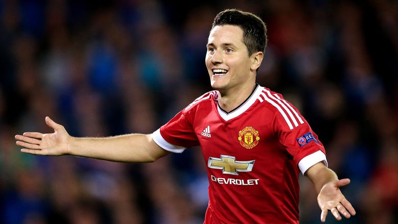 Manchester United's Ander Herrera staying at Old Trafford