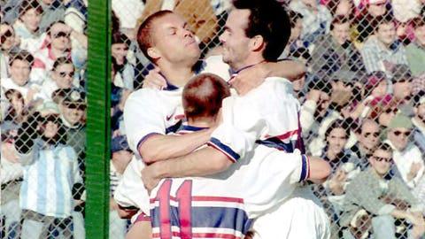 July 17, 1995: USA survive PK's to end Mexico's Copa America campaign