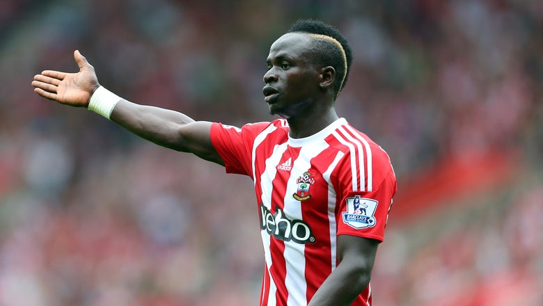 Manchester United eye January swoop for Southampton's Mane