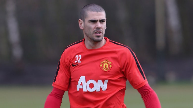 Manchester United outcast Victor Valdes open to Newcastle switch