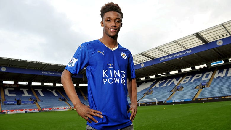 Leicester sign Birmingham winger Demarai Gray