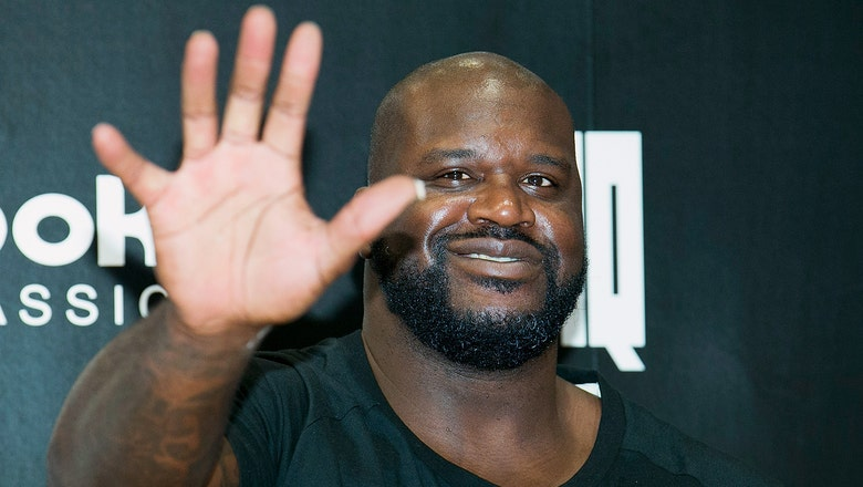 Shaq serenades League Two champs with 'We Are The Champions'