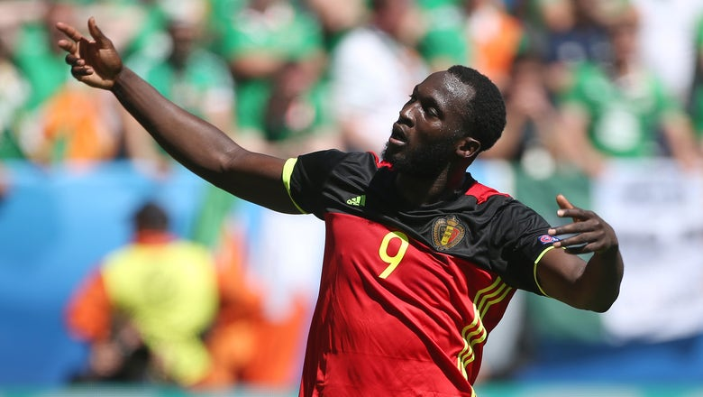 Arsenal enter race for $88m Everton star Romelu Lukaku