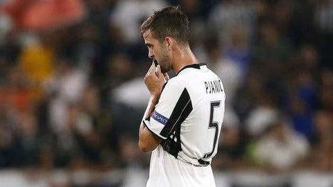 Sluggish Juventus stall out against Sevilla