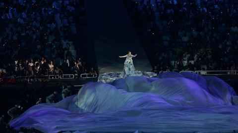 Bjork's Dress (2004)