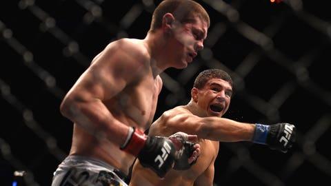 Al Iaquinta puts Diego Sanchez to sleep with one punch