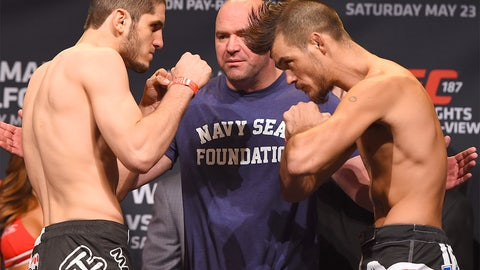 UFC 187 Weigh-in photos
