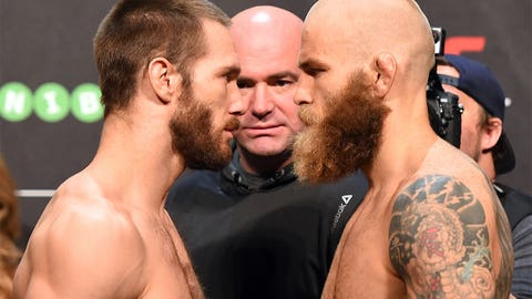 UFC Fight Night: Holohan vs. Smolka weigh-in gallery