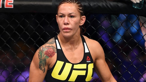 Cyborg Justino Won't Wait For a Title Fight With Germaine de Randamie