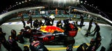 18 stunning photos of F1 racing under the lights in Singapore