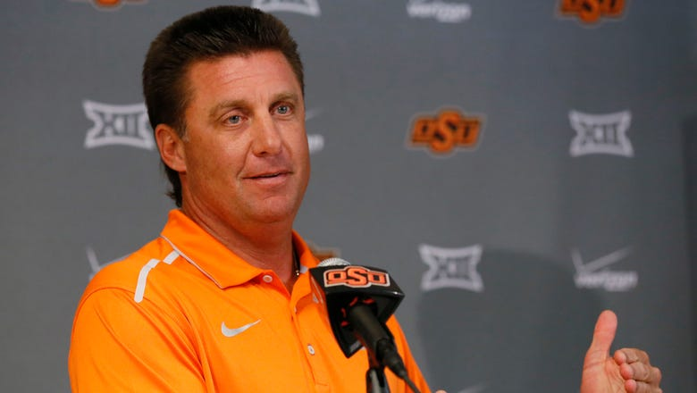 Oklahoma State erases controversial loss with customized Alamo Bowl rings