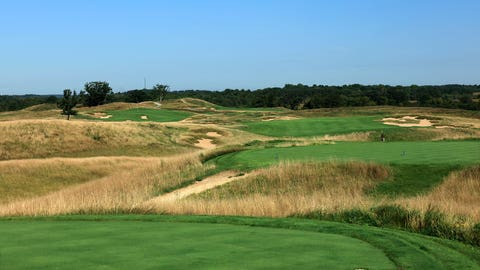 Seventh hole: Par 5, 607 yards