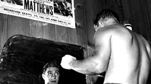 Rocky Marciano, 49 wins, 1947-56