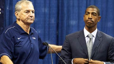 Hall of Fame coach Jim Calhoun has retired
