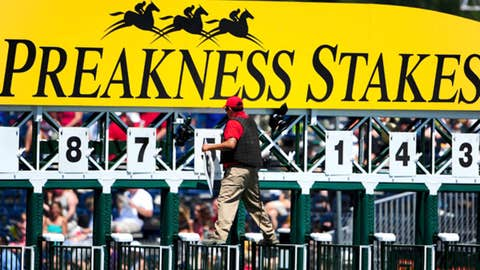 Cloud Computing pulls off upset in Preakness Stakes