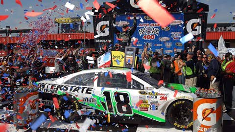 Confetti's flyin', too!