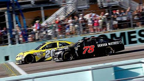 Matt Kenseth and Kurt Busch lead the field to start the NASCAR Sprint Cup Series Ford EcoBoost 400 at Homestead-Miami Speedway
