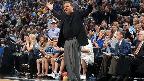 Detroit Pistons: Stan Van Gundy learning to appreciate his team