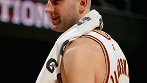 Why did the Cavs bother re-signing Big Z?